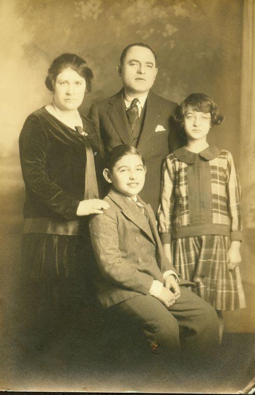 Sol_ca1928
